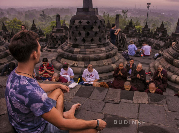 tour to borobudur