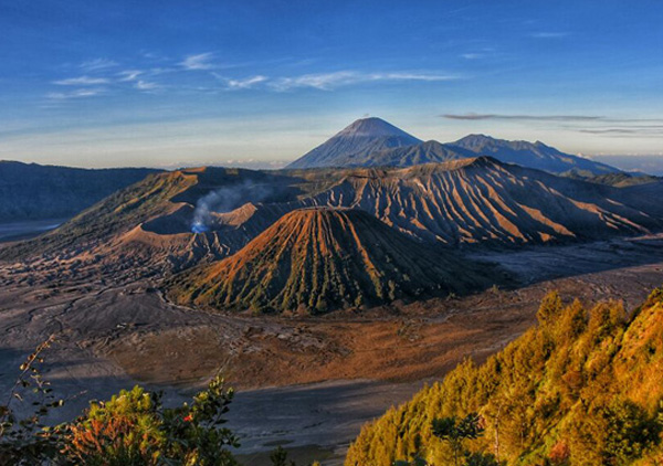 Bromo and ijen tour via malang